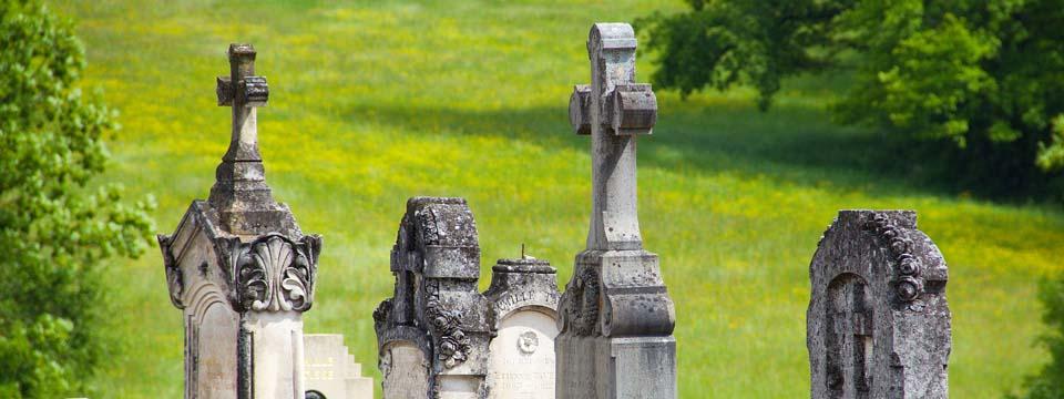 Le cimetière de la commune de Neulise