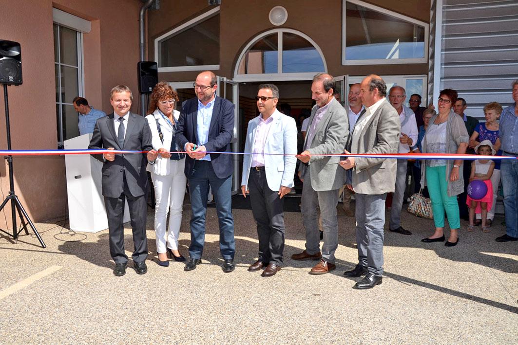 Inauguration du Neulizium à Neulise avec Maurice Vincent, Véronique Chaverot, Hubert Roffat, Yves Nicolin, Georges Bernat et Jean-Claude Tissot